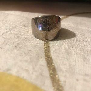 Jewelry - Engraved ring